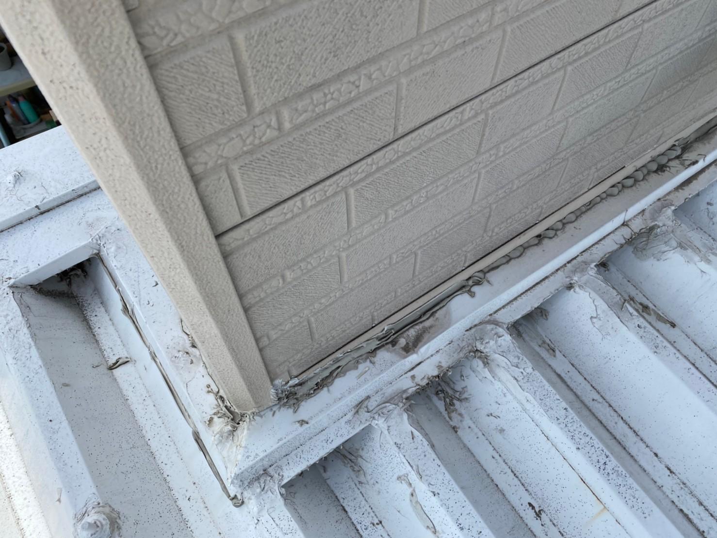 外壁カバー工法からの雨漏り