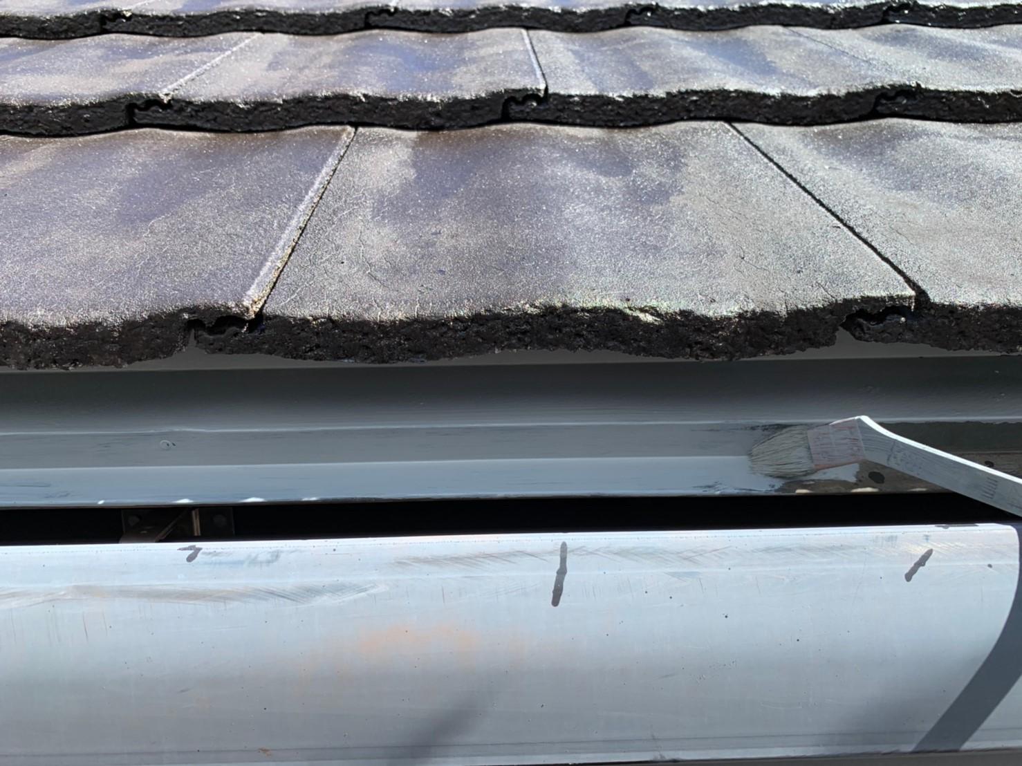 屋根の軒先板金の錆止め