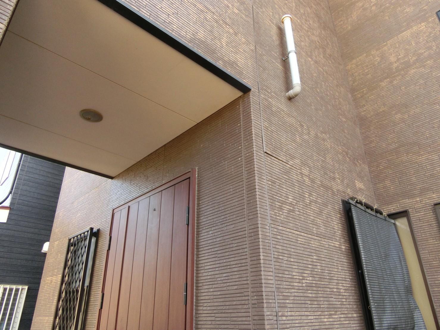 外壁サイディングの浮き