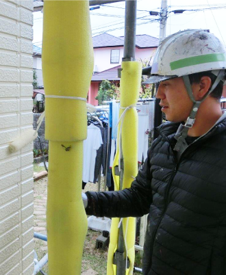 外壁の塗り替え工事中の様子