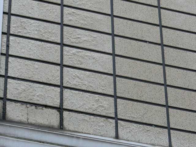外塀の膨れ