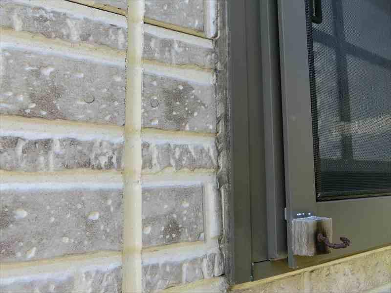 窓周りのシーリング