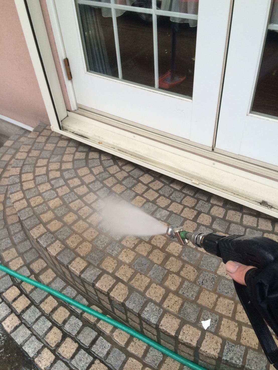 玄関タイルの洗浄