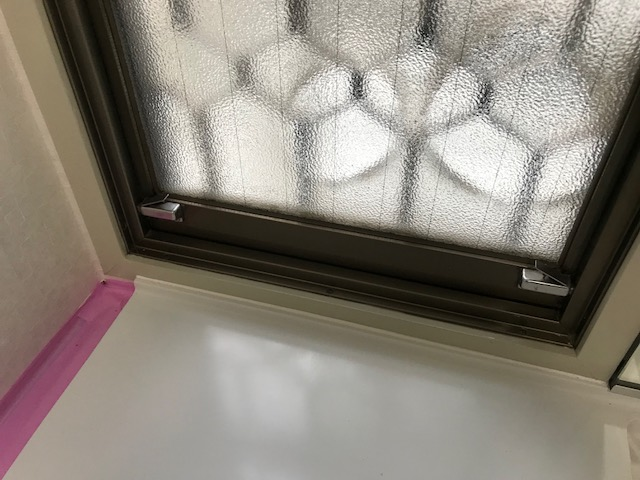 名古屋市港区にて室内の木部枠の塗り替えを行いました