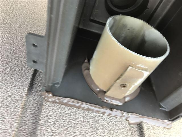 雨漏りのためシーリング施工