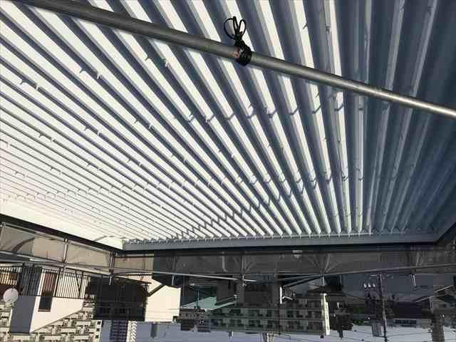 遮熱塗料で折半屋根塗装
