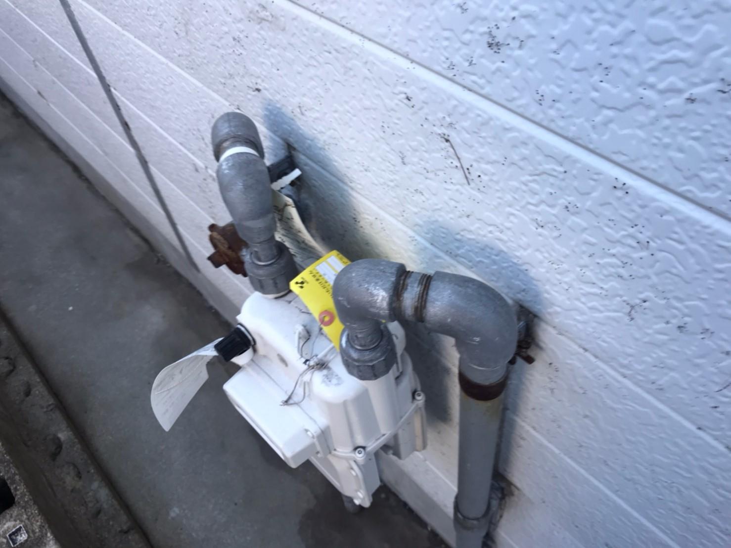 ガス管の塗装